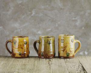 Doug-Fitch-Sprigged-Mug-Slipware-Shannon-Tofts