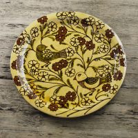 Hannah-McAndrew-Slip-Trailed-Bird-Flower-Charger-Slipware-Shannon-Tofts