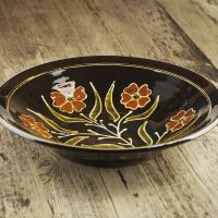 Hannah-McAndrew-Slip-Trailed-Floral-Dish-Slipware-Shannon-Tofts