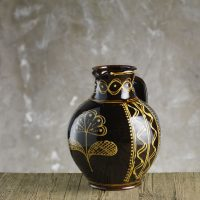 Hannah-McAndrew-Slip-Trailed-Floral-Jug-Slipware-Shannon-Tofts