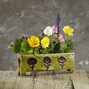 Hannah-McAndrew-Slip-Trailed-Flower-Brick-Long-Slipware-Shannon-Tofts
