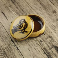 Hannah-McAndrew-Slip-Trailed-Owl-Lidded-Box-Slipware-Shannon-Tofts