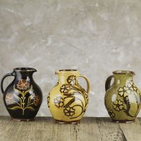 Hannah-McAndrew-Slip-Trailed-Small-Jugs-Slipware-Shannon-Tofts