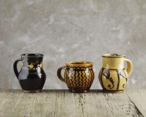 Hannah_McAndrew-Slip-Trail-Mug-Slipware-Shannon-Tofts